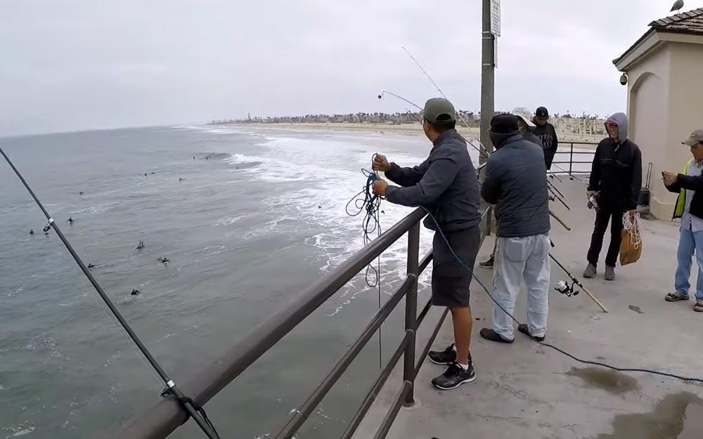 FISHING The HUNTINGTON BEACH PIER